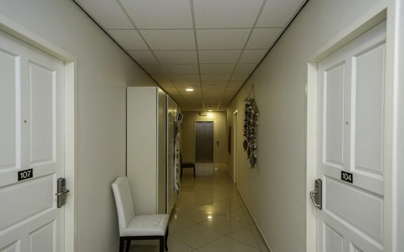 20 Kaya L.D. Gerharts, 20 Kamers Kamers,20 BadkamersBadkamers,Commercieel,Te koop,Hotel Central,Kaya L.D. Gerharts,1292